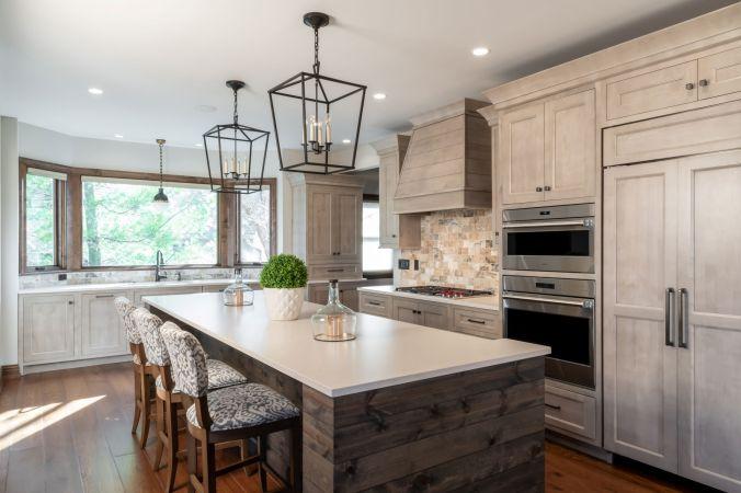 Custom villa kitchen design in St Albans MO