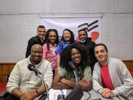 """Rosas de Ouro participa do """"Programa No Mundo do Samba"""". Foto: SRzd"""
