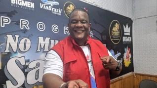 """Programa No Mundo do Samba"" recebe Daniel Collete. Foto: Rádio Trianon."