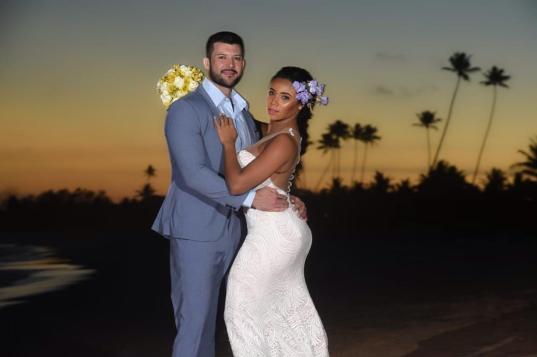 Evelyn Bastos e seu noivo Marcelo Coutinho. Foto: Diego Mendes/Divulgação