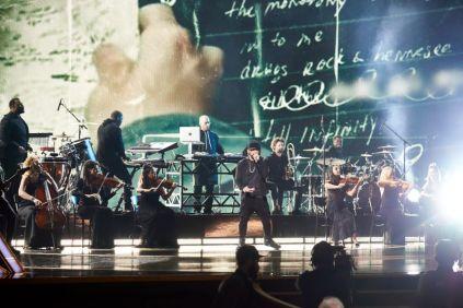 """Eminem agitou a plateia do Dolby Theatre com """"Lose Yourself"""" (Foto: Divulgação – Crédito: Blaine Ohigashi / ©A.M.P.A.S.)."""
