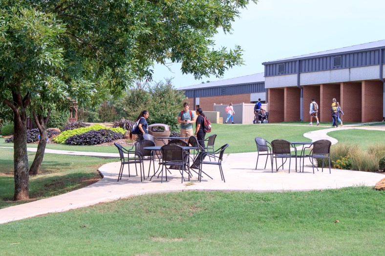 Picture of Students on Campus
