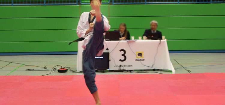 NWTU-Nachwuchsturnier in Wuppertal: Taekwondo kerpen