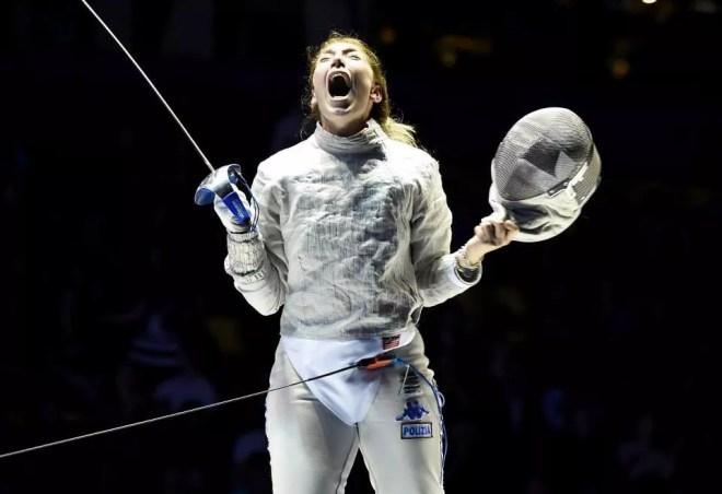 Tashkent 8 aprile 2015 - Mondiali a squadre  sciabola femminile - L'urlo di gioia di Sofia Ciaraglia  (foto Bizzi per Federscherma)