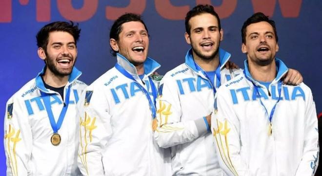 Mosca - Campionato del Mondo La squadra di sciabola maschile: Enrico Berrè, Aldo Montano, Luca Curatoli e Diego Occhiuzzi. (foto Bizzi per Federscherma)