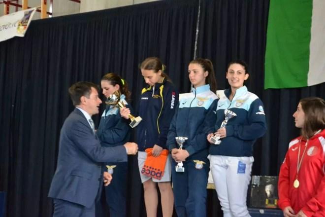 4/5.6.2016 Cassino Flavia Bonanni, Giada Navarra e Valeria Bassanello  sul podio nella sciabola femminile (foto PaxCassino)