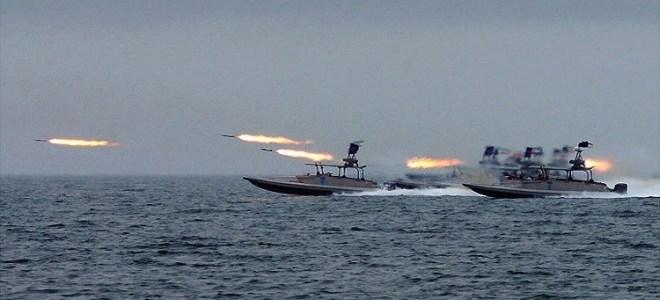 سيطرة ايران على مضيق هرمز وعلى الخليج العربي بأكمله وأصبحت تهدد دول الخليج بشكل مباشر
