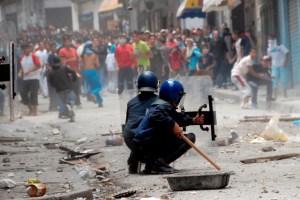 إشتعال الإحتجاجات في الجزائر بسبب غلاء الأسعار