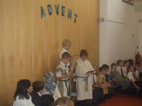 Advent Assembly and Coffee Morning[6]