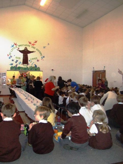 Children's Christmas Lunch 2015[1]