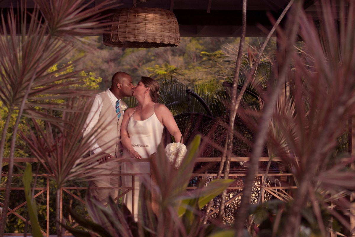 A stunning wedding at the Villa Susanna in St Lucia