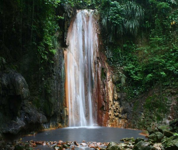 Diamond-Falls in St Lucia