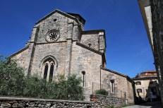 Ferentino: la zona absidale di Santa Maria Maggiore. Foto Daniele Baldassarre con Nikon D300 + Sigma 17/35 mm D; ore 10,57 dell'8 giugno 2009.