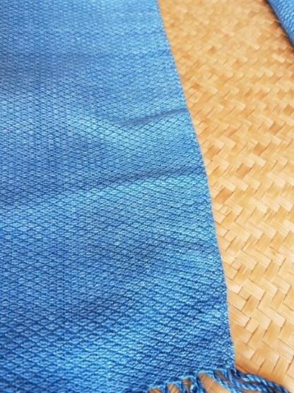 sjaals-met-natuurlijke-verfstoffen