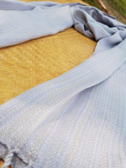 handgeweven sjaals uit Nong Bua Lam Pu