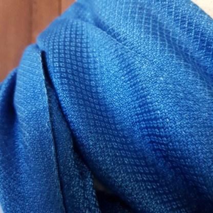 midden blauwe sjaal