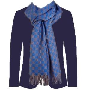 kleur combineren met blauw pak