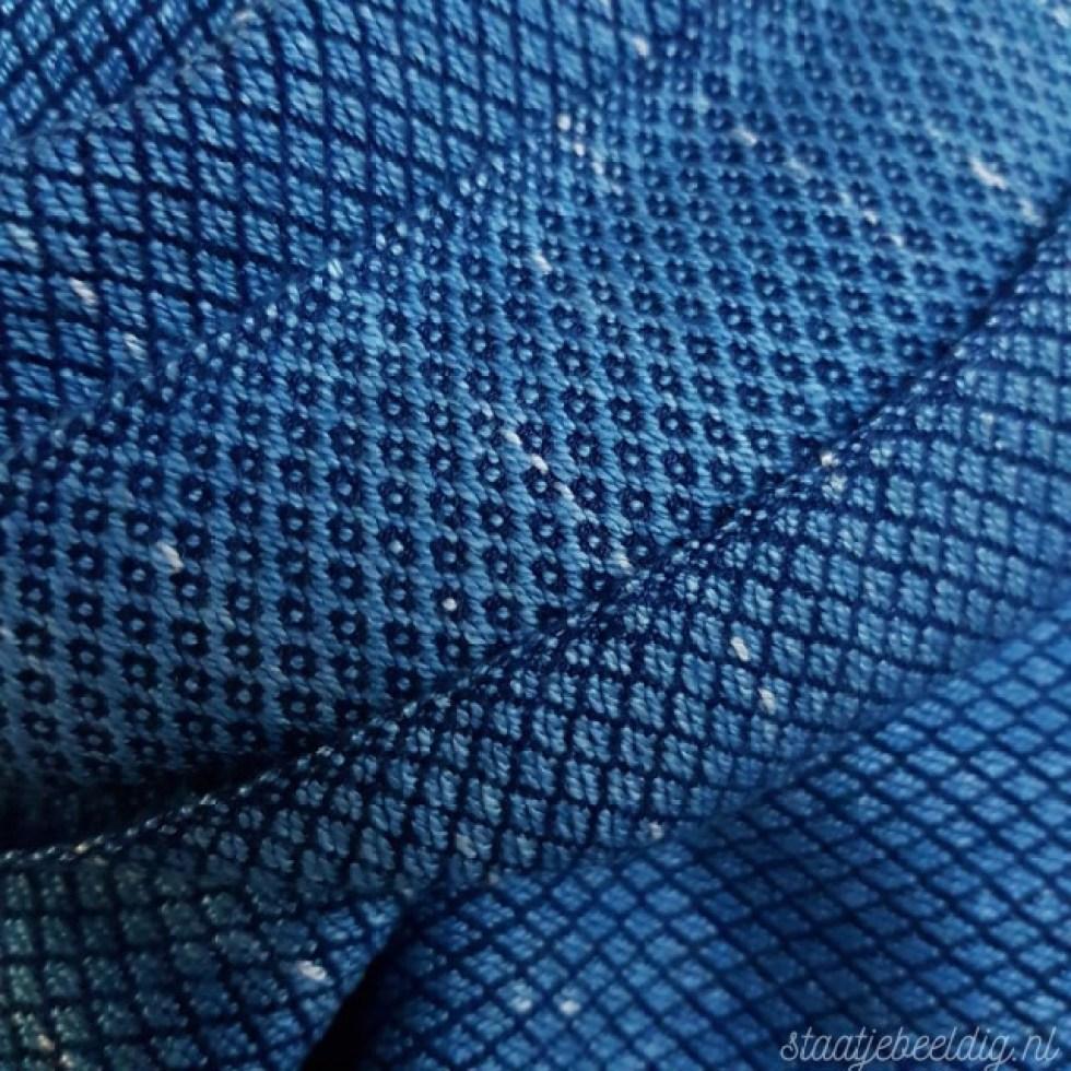 lichtblauwe indigo sjaal met raindrop