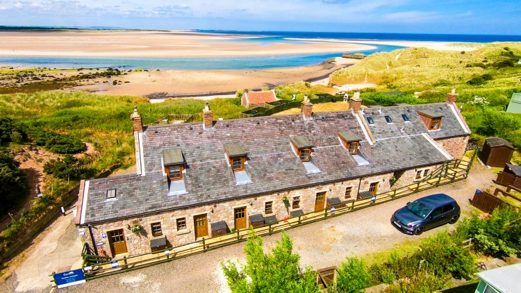 Beach cottage at Budle Bay, Stablewood Coastal Cottages