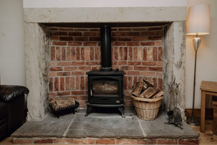 Stablewood Coastal Cottages Fireplace
