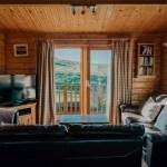 Stablewood Coastal Cottages Grey Heron Living Room