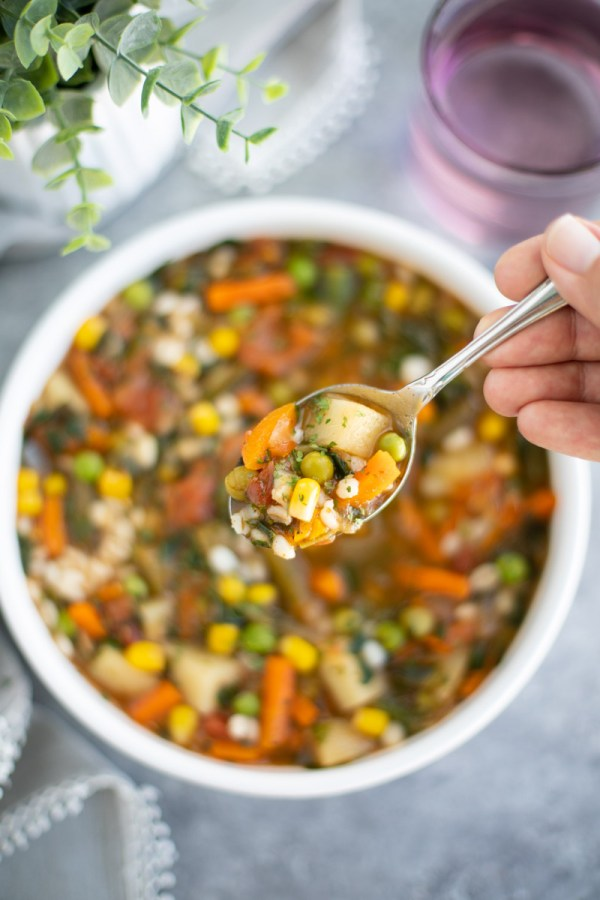 30 minute garden veggie soup is so easy to prepare!
