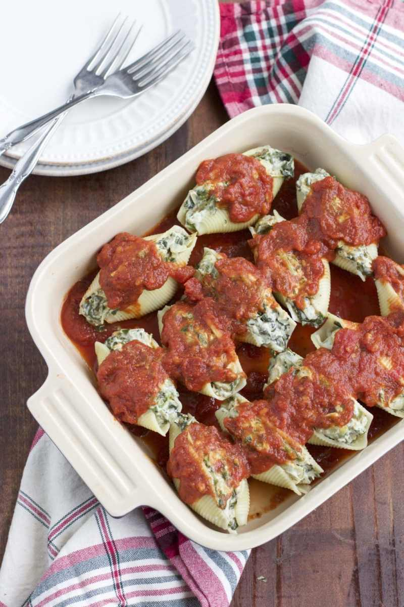 Dairy-Free Spinach Artichoke Dip Stuffed Shells