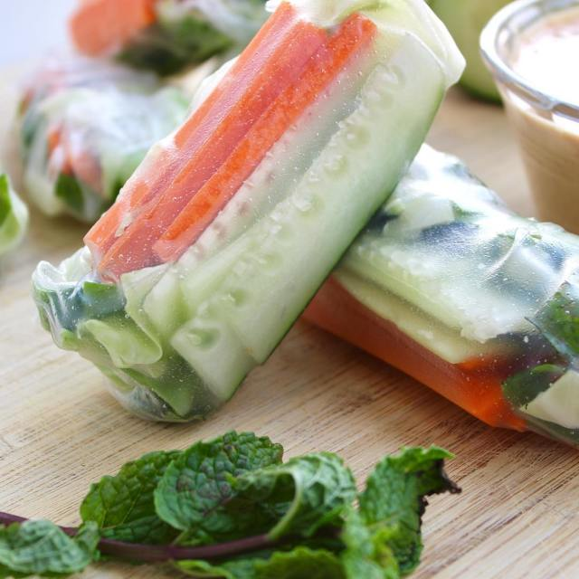 What are your favorite things to put in spring rolls?!hellip