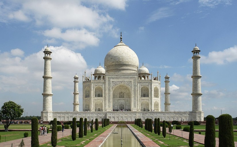 Daily travel links for 2018-11-29: The Taj is crumbling, best places for 2019 and senior nomads