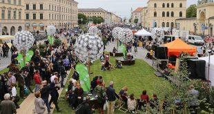 Grüne Stadtoase am Odeonsplatz beim Streetlife-Festival 2017 in München