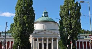 Ostfriedhof München Aussegnungshalle