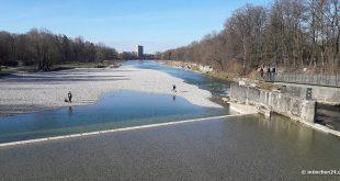 Isar Marienklausensteg mit Blick zur Thalkirchner Brücke