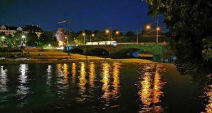 Isar in München bei Nacht