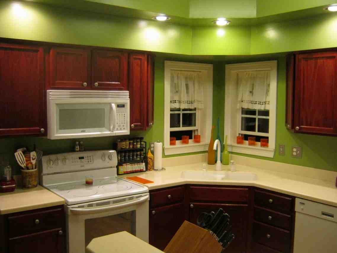 Kitchen Paint Ideas with Maple Cabinets - Home Furniture ... on Maple Cabinets Kitchen Ideas  id=74172