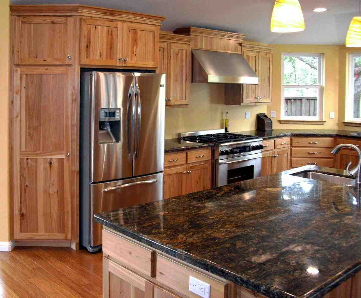 Rustic Maple Cabinets - Home Furniture Design on Best Granite Color For Maple Cabinets  id=49363