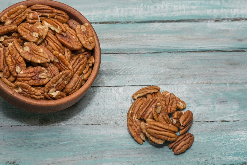 Mammoth pecan halves for pecan health benefits