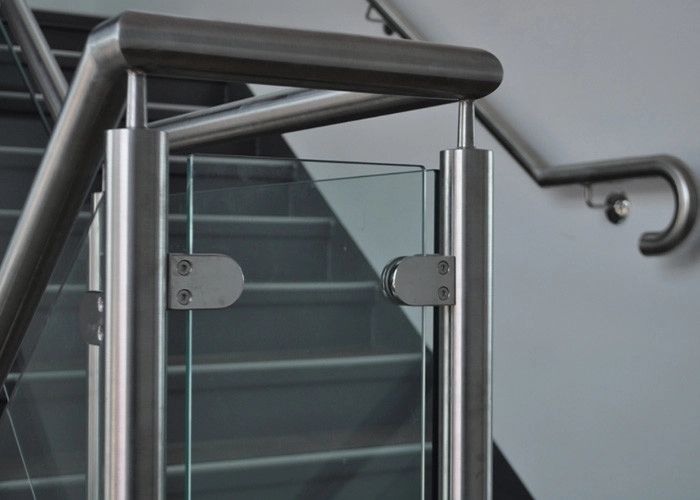 Customized Design Glass Stair Railing Aesthetics Stainless Steel | Stainless Steel And Glass Staircase | Residential | New Fashion Glass | Architectural Glass | Galvanized Steel | High End Glass