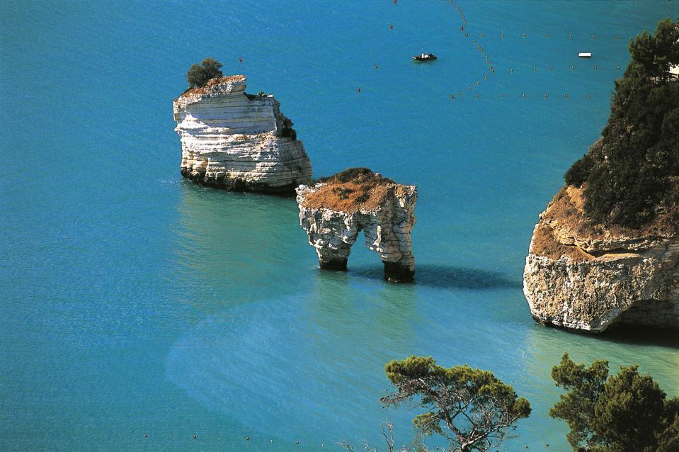 Sea stacks, Baia delle Zagare, Apulia