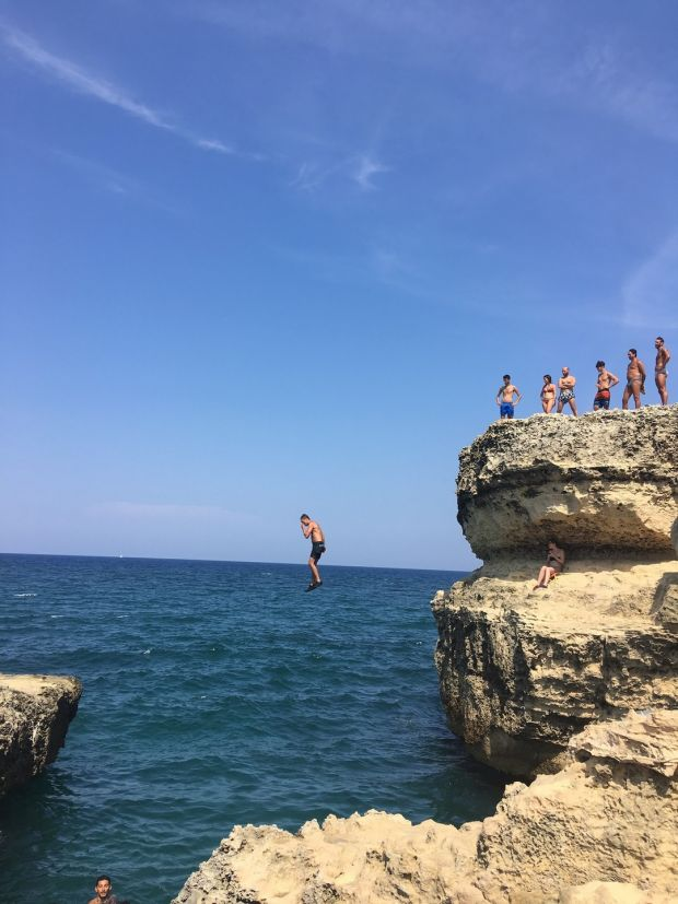 Diving in Italy: The further south along the coast you go, the more rugged the coastline gets