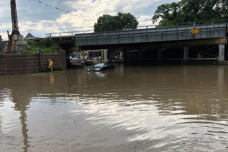 A Heavy Line Of Thunderstorms Storms Swamp Rush Hour Commuters In Flooded Roadways