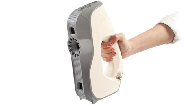 SCANNER 3D PROFESSIONALI ARTEC 01