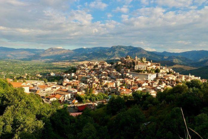 Borghi italiani, veduta del comune di Castiglione di Sicilia
