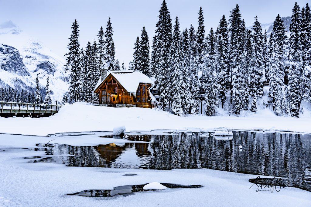 Emerald Lake Lodge , Yoho National Park