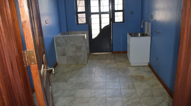 5 Bedroom Maisonette To Let in Kitisuru 6