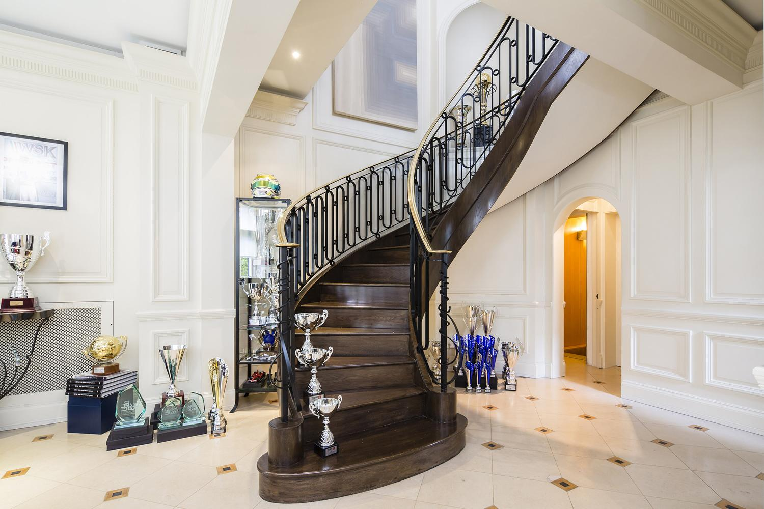 Mayfair Mini White House Mansion On Sale For 25m