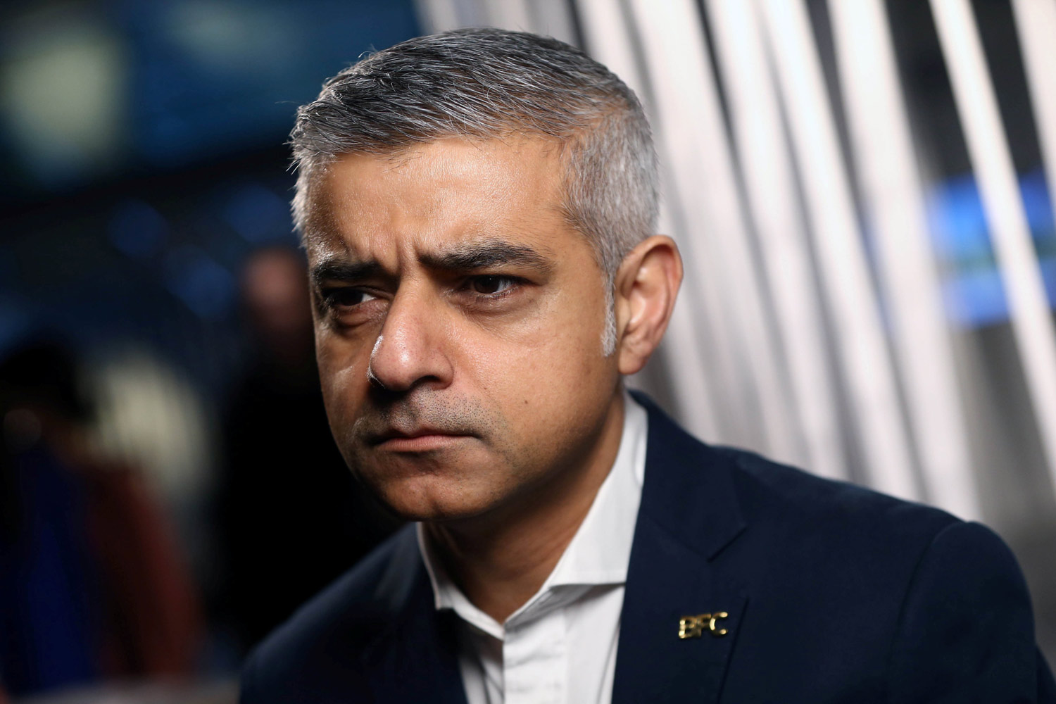 ban fracking london mayor sadiq khan tells councils 2