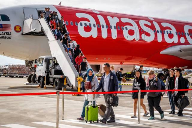 AirAsia flights into Avalon set to benefit the region with experts  predicting a tourism boost | The Standard | Warrnambool, VIC