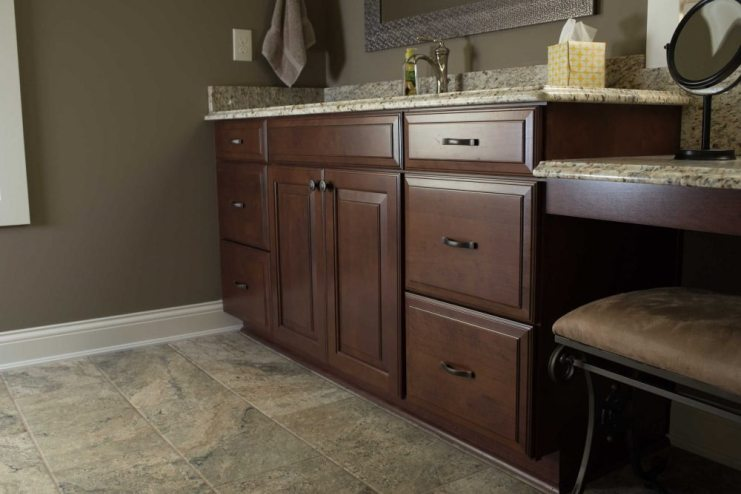 Bath Remodel Knoxville Tn   Custom Cherry Cabinets