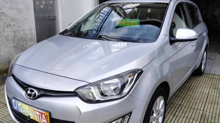 Hyundai i20 1.2 CRDi Urban (75cv) (5p)