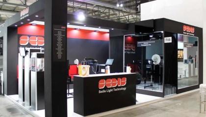 Stand fieristici Salone del Mobile Milano Fiera EUROLUCE Stand Sedis